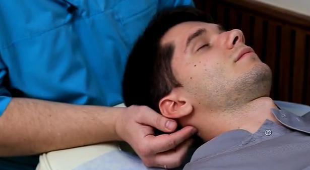 масаж при главоболие