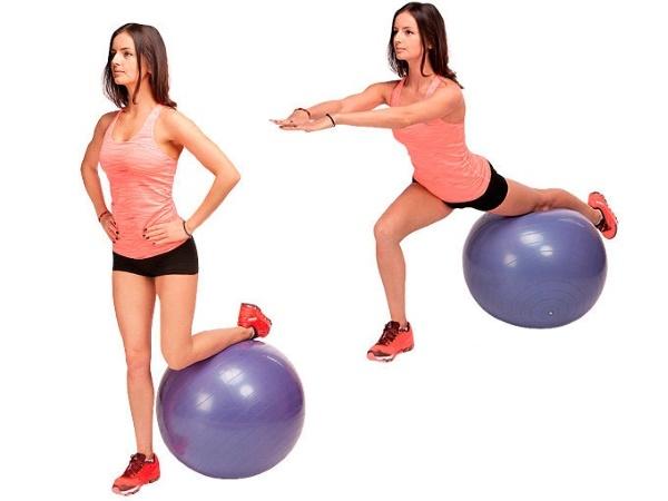 упражнение за бедрата
