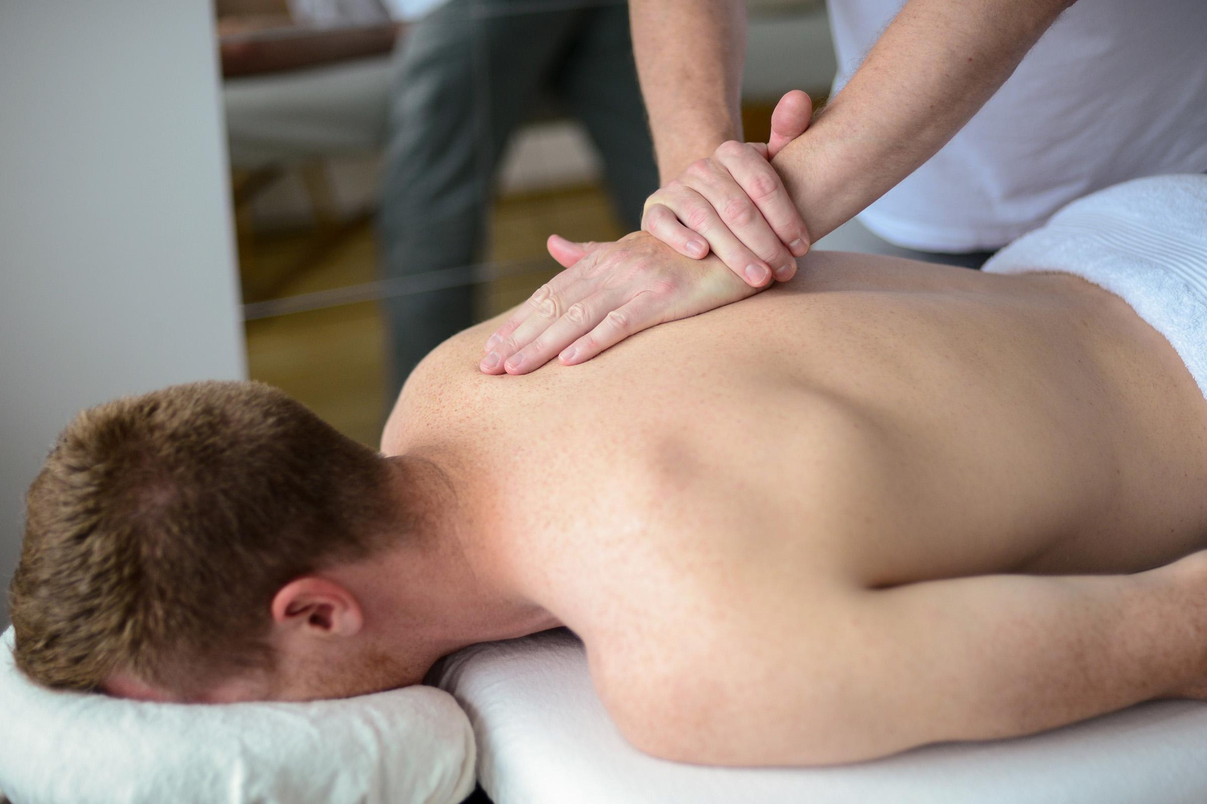 Масаж при мускулни заболявания